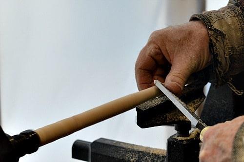 wooden utensils finger support