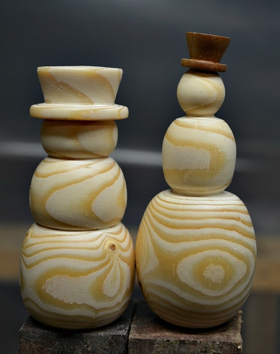 Two different turned snowmen.