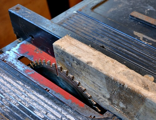 Setting the rip fence for spindle blanks